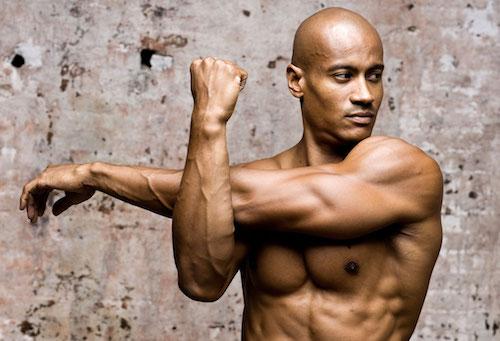 Étirement des triceps